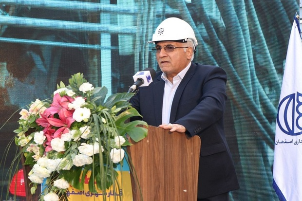قطار شهری اصفهان تا 400 هزار نفر را جا به جا خواهد کرد