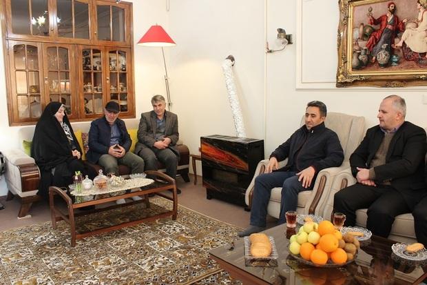 شهردار خلخال: خبرنگاران مورد توجه بیشتری قرار گیرند