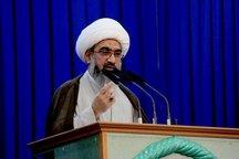 امام جمعه بوشهر: ایران تحت تاثیر دسیسه های استکبار جهانی قرار نمی گیرد