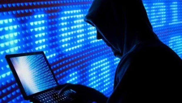 کلاهبردار سایبری به دام پلیس زنجان افتاد
