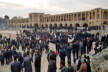 تجمع کشاورزان اصفهانی مقابل پل خواجو