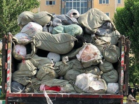 محموله بزرگ قاچاق پارچه و لباس کشف شد
