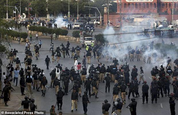 تظاهرات ضدآمریکایی کراچی