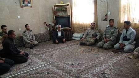 مردم کردستان قدرشناس خدمات نظام هستند