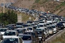 تردد خودروها در جاده چالوس کند است