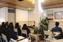 کارگاه آموزشی فنون زیلوبافی در میبد برگزار شد