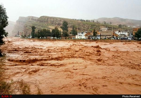 هشدار سیلاب در پلدختر  تمامی دستگاههای اجرایی به حالت آمادهباش درآمدند
