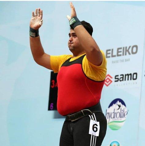 علی داوودی: عملکردم در وزنه برداری جام فجر افتضاح بود