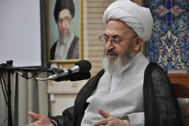 آیت الله سبحانی:اظهار نظر درباره حجاب محدود به علما و فقهاست