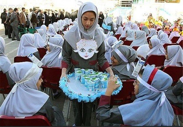 امسال شیر رایگان در مدارس چهارمحالوبختیاری توزیع نمیشود