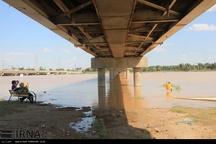 استاندار خوزستان: سیلاب اهواز را تهدید نمی کند
