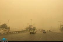 آلودگی هوای اهواز به ۷۰ برابر حد مجاز رسیده و مردم در خانهها محبوس شدند