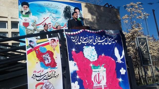 وحدت، همدلی و تبعیت از رهبری رمز پیروزی انقلاب اسلامی بود