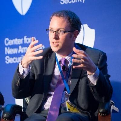 اغراق رسانهها درباره احتمال جنگ ایران و آمریکا خواسته بولتون است