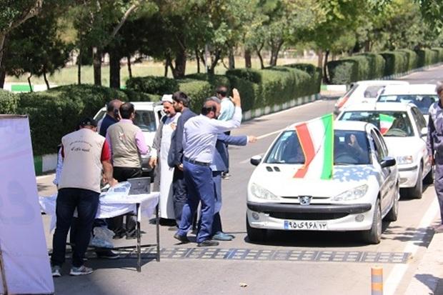 170 آزاده تهرانی به یاد شهدای یزد در رالی خانوادگی شرکت کردند