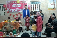 گزارش تصویری تقسیم شادی با کودکان بستری در بیمارستان حاجیه معرفی شهرستان ماهشهر