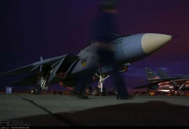 بمب افکن های نیروی هوایی ارتش عملیات غافلگیری شبانه را اجرا کردند