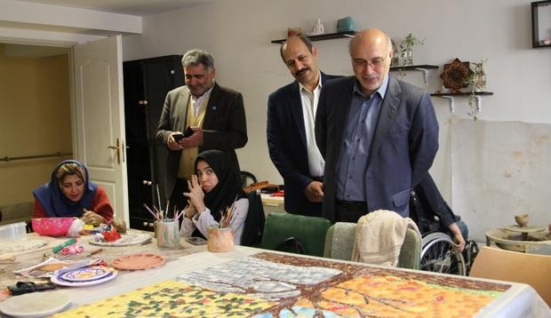 فروش محصولات صنایع دستی معلولان تهران آسان می شود