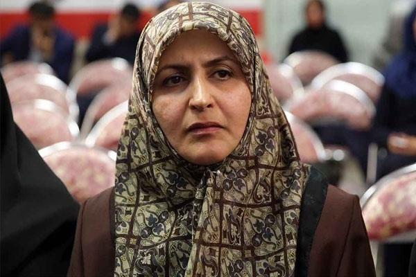 نماینده تهران: ورود زنان به ورزشگاه منع قانونی ندارد /گزارش یکسویه به علما میدهند