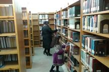 اجرای طرح کتابخانه گردی در مهریز آغاز شد