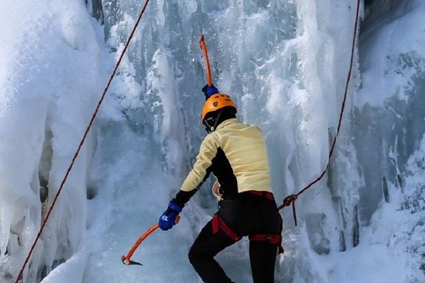 یخ نوردان قزوینی به همراه تیم ملی نایب قهرمان جهان شدند