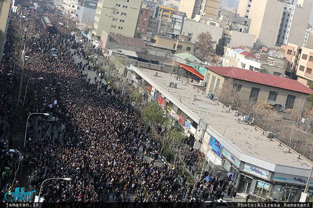 حداقل دو و نیم میلیون نفر در مراسم تشییع پیکر آیتالله هاشمی حضور داشتند