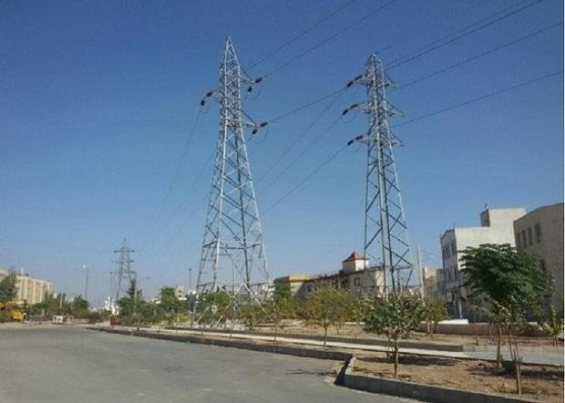 دکل های برق سلامت مردم ری را تهدید می کند