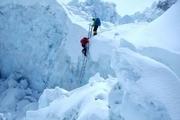 کوهنورد تهرانی از ارتفاعات زرد لیمه شهرستان اردل سقوط کرد