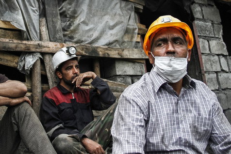 خروج جسد 7 معدنچی دیگر از تونل معدن