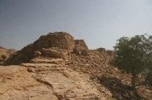 توقف عملیات عمرانی در محدوده عرصه قلعه سموران جیرفت