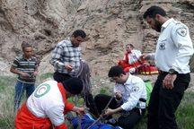 مرد میانسال بر اثر سقوط از کوه جان باخت