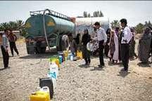 کار آبرسانی به مناطق زلزله زده روستایی استان کرمانشاه با 18 تانکر درحال انجام است