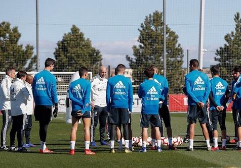 ناکامی زیدان در بازگشت مجدد به رئال مادرید
