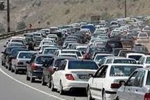 ترافیک در جاده خروجی مشهد سنگین است