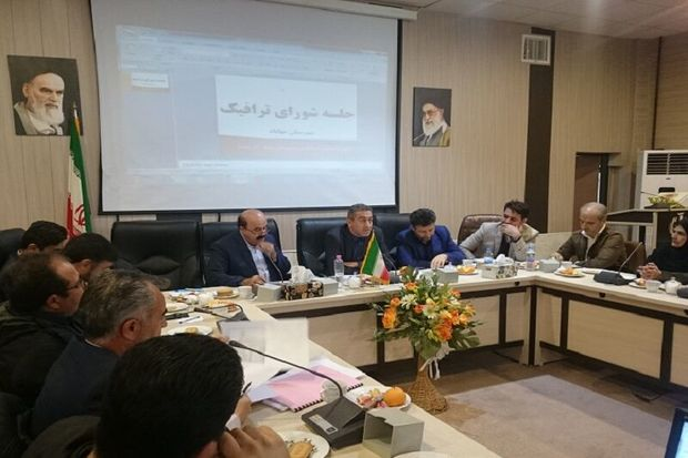 توسعه راهها مولفه پیشرفت و آبادانی آذربایجان غربی است