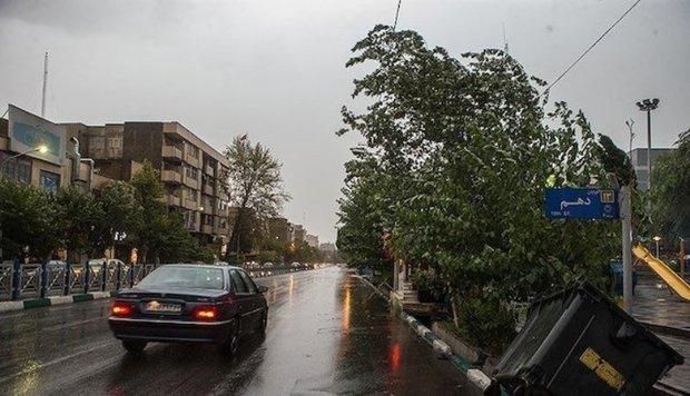 هواشناسی وزش تندباد موقتی برای تهران پیش بینی کرد