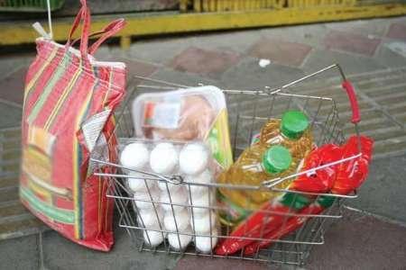 توزیع سبد غذایی برای خانواده های نیازمند در قزوین آغاز شد