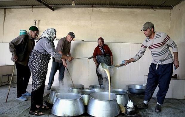 مانیزان مهیای برگزاری آیین شیره پزی سنتی است