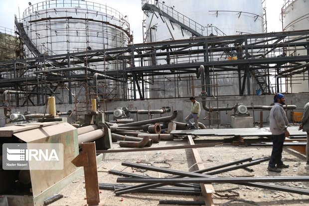 بهره برداری از ۳۰ طرح معدنی و صنایع معدنی در یزد و کرمان