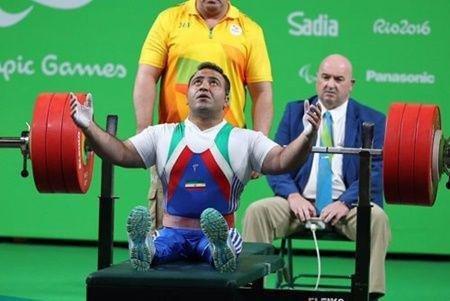 مدال برنز در دسته ٦٥ کیلوگرم وزنه برداری به حمزه  رسید/ خداحافظی محمدی از دنیای قهرمانی