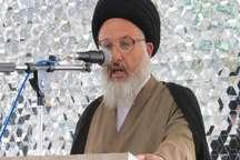 امام جمعه نایین: پاسخ دندان شکنی به تهدیدهای آمریکایی داده شد
