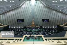 نمایندگان استان بوشهر درمجلس از گزینه پیشنهادی دولت برای وزارت میراث فرهنگی حمایت کردند