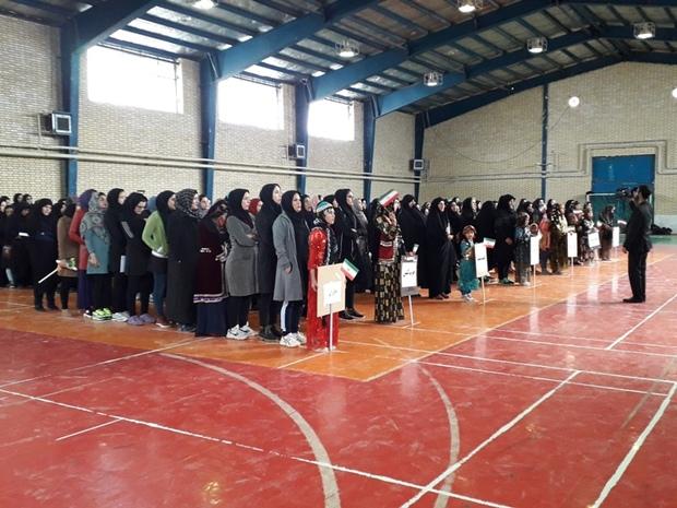 جشنواره بازی های بومی و محلی درسلسله برگزار شد