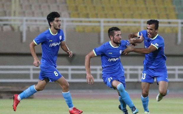 مدیرعامل باشگاه استقلال خوزستان:کادرفنی تیم راحفظ خواهیم کرد