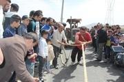 برگزاری مسابقه تراکتور کشی در چوبیندر قزوین