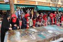 آرامش زائران عبدالعظیم(ع) با هنرنمایی خطاطان