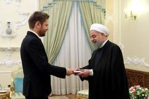 رئیسجمهور روحانی: آمریکا اگر از برجام خارج شود متوجه کار بسیار اشتباهش میشود