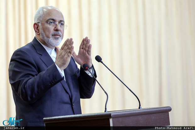 تاکید ظریف به پایبندی بر «فتوای حرمت سلاح هسته ای» از سوی رهبر انقلاب