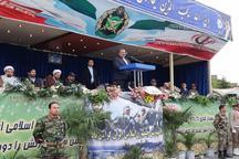 خواب دشمنان با اتحاد ملت و ارتش آشفته می شود