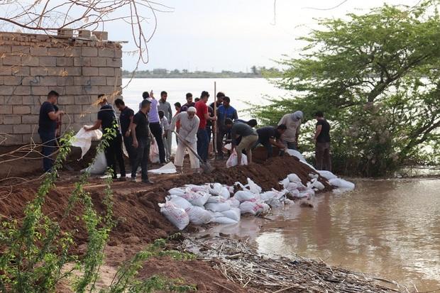 احداث خاکریز در هویزه و 70 روستا، منطقه را در برابر سیل حفظ کرد